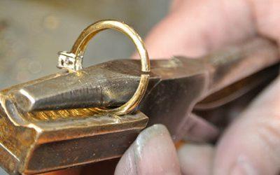 Achter de schermen: Gouden ring verkleinen