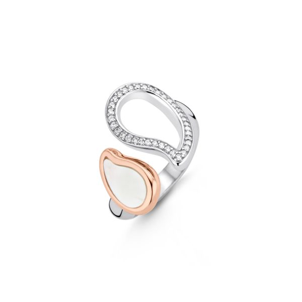 Ti Sento ring - Zilveren ring met haar parelmoer paisley vorm verguld in rosé goud is een echte verleidster. - Te koop bij Sparnaaij Juweliers in Aalsmeer en Hoofddorp