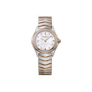 Dames horloge uit de Ebel Wave collection - uitgevoerd met een bicolour kast en band, een parelmoer wijzerplaat met briljant en een briljanten lunette - De Ebel collectie is verkrijgbaar bij Sparnaaij Juweliers in Aalsmeer
