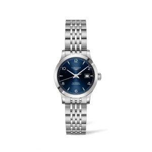Dames horloge uit de Longines Record collection -uitgevoerd met stalen band en kast, blauwe wijzerplaat en automatisch uurwerk - De Longines collectie is verkrijgbaar bij Sparnaaij juweliers in Aalsmeer