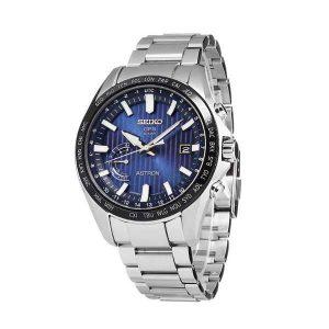 Heren horloge uit de Seiko Astron collection - uitgevoerd met stalen kast en band - en met de bekende GPS techniek overal ter wereld direct de juiste tijd met 1 druk op de knop - De Astron collectie is verkrijgbaar in Aalsmeer