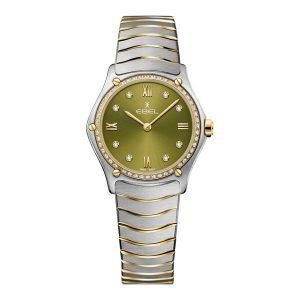 Dmes horloge uit de Ebel Sport Classic collection - uitgevoerd met bicolour kast en band - voorzien van een quartz uurwerk en een groene wijzerplaat - wijzerplaat en lunette voorzien van diamant - De Ebel collectie is verkrijgbaar bij Sparnaaij Juweliers in Aalsmeer