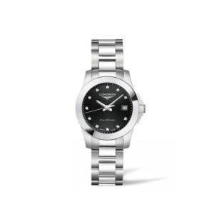 Dames horloge uit de Longines Conquest collection - uitgevoerd met stalen kast en band - een zwarte wijzerplaat met diamanten index - voorzien van een quartz uurwerk - De Longines collectie is verkrijgbaar bij Sparnaaij Juweliers in Aalsmeer