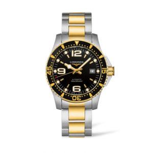 Heren horloge uit de Longines HydroConquest collection - uitgevoerd met een bicolour band en kast en een zwarte wijzerplaat en lunette - voorzien van een automatsich uurwerk en een saffier glas - De Longines collectie is verkrijgbaar bij Sparnaaij Juweliers in Aalsmeer