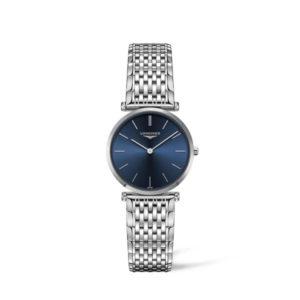 Dames horloge uit de Longines La Grande Classique collection - uitgevoerd met stalen band en kast en een blauwe wijzerplaat - voorzien van een quartz uurwerk en een saffier glas - De Longines collectie is verkrijgbaar bij Sparnaaij Juweliers in Aalsmeer