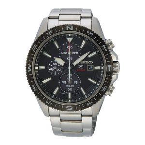 Heren horloge uit de Seiko Prospex Solar Chronograph collectie - uitgevoerd met een stalen kast en band - voorzien van een quartz uurwerk op licht energie (solar) en een chronograph functie - De Seiko collectie is verkrijgbaar bij Sparnaaij Juweliers in Aalsmeer en hoofddorp