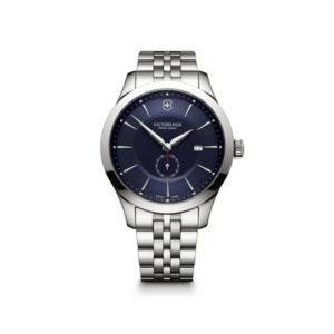 Heren horloge uit de Victorinox Alliance collection - uitgevoerd met een stalen kast en band en voorzien van een blauwe wijzerplaat met decentrale seconde wijzer - waterdicht tot 100 meter - De Victorinox collectie is verkrijgbaar bij Sparnaaij Juweliers in Aalsmeer