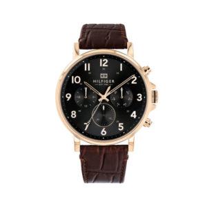 Tommy Hilfiger herenhorloge - Horloge met bruin leren band en zwarte wijzerplaat - Te koop bij Sparnaaij Juweliers in Aalsmeer