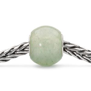 Ronde kraal van Trollbeads gemaakt van de edesteen Aventurijn - Te koop bij Sparnaaij Juweliers in Aalsmeer en Hoofddorp