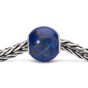 Trollbeads bedel gemaakt van de edelsteen de lapis lazuli - Te koop bij sparnaaij Juweliers in Aalsmeer en Hoofddorp