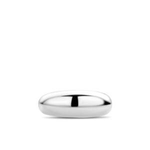Brede zilveren ring van Ti Sento - Verkrijgbaar bij Sparnaaij juweliers in Aalsmeer en Hoofddorp